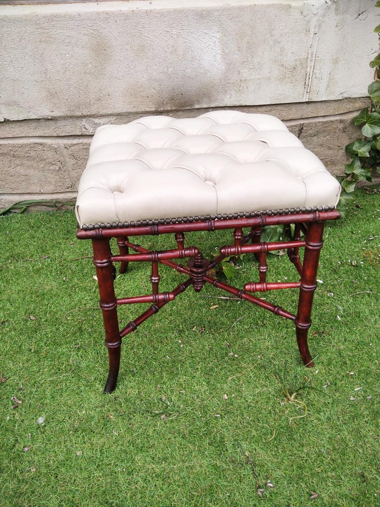 Victorian Chinese Chippendale Faux Bamboo Stool Whit Capitone For Sale