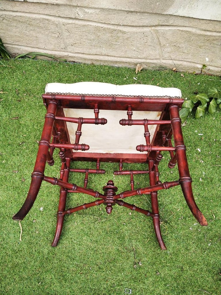Chinese Chippendale Faux Bamboo Stool Whit Capitone In Good Condition For Sale In Mombuey, Zamora