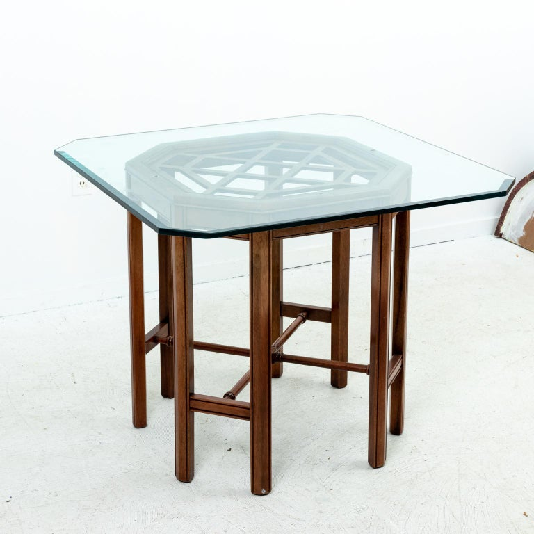Chinese Chippendale Style Center Table In Good Condition In Stamford, CT