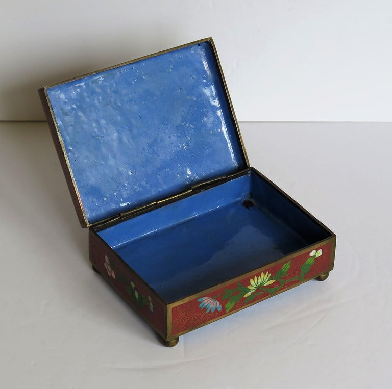 Chinese Cloisonné Box on Bun Feet with Hinged Lid, Late Qing Dynasty, circa 1900 For Sale 6