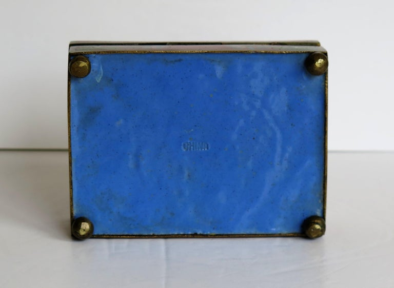 Chinese Cloisonné Box on Bun Feet with Hinged Lid, Late Qing Dynasty, circa 1900 For Sale 9