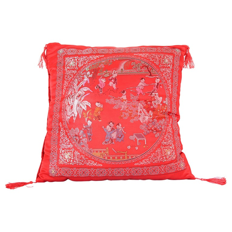 Chinese Decorative Red Throw Pillow with Tassels For Sale