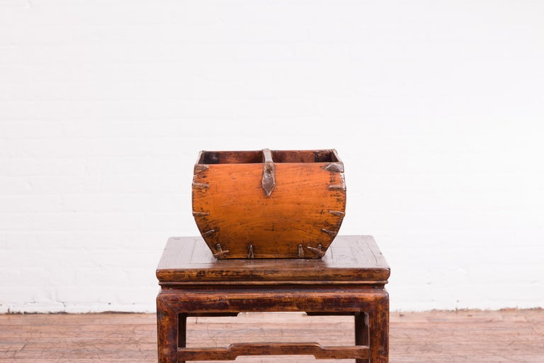 Chinese Early 20th Century Grain Basket with Red Calligraphy and Braces For Sale 6