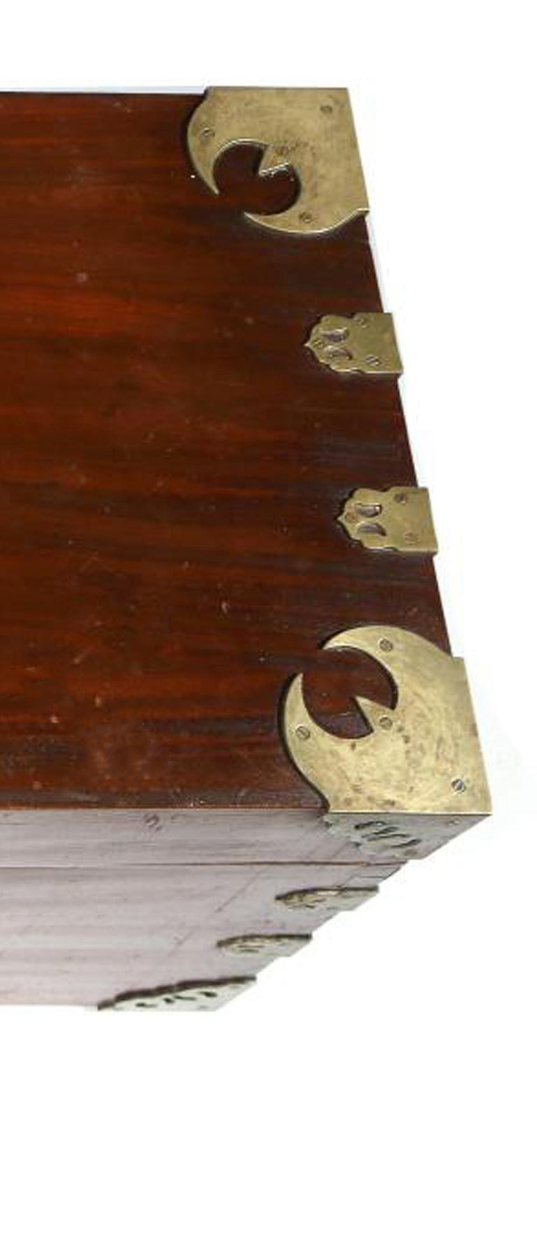 Chinese Export Camphor Wood Sailor's Large Brass-Bound Sea or Campaign Chest For Sale 1