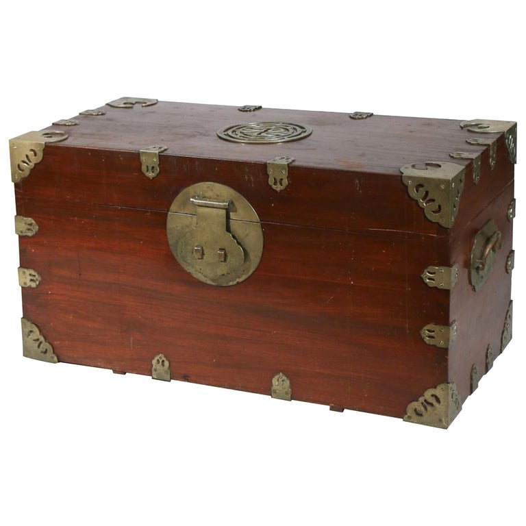 Chinese Export Camphor Wood Sailor's Large Brass-Bound Sea or Campaign Chest For Sale