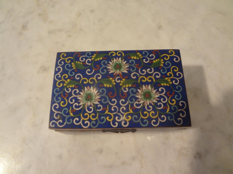 Chinese Export Cloisonné Box Stamped, China In Good Condition For Sale In Houston, TX