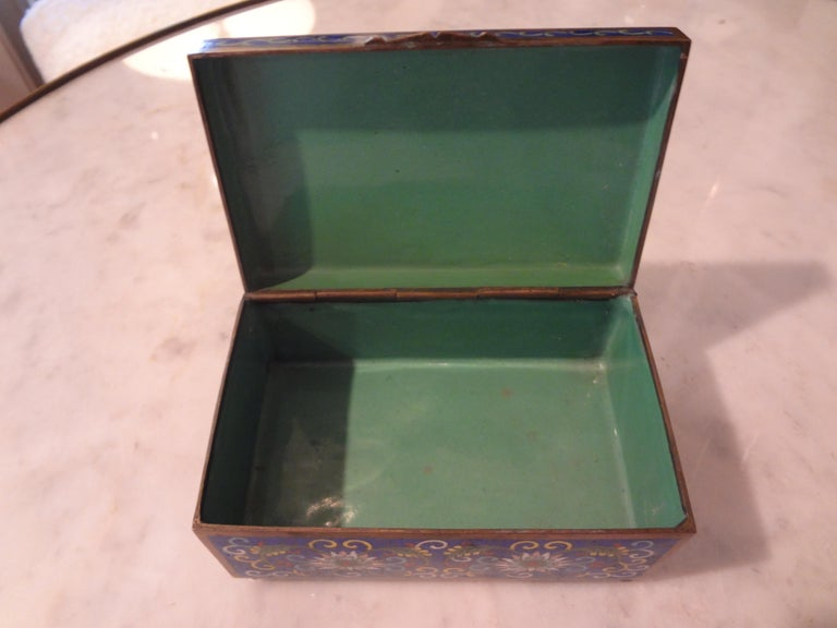 Early 20th Century Chinese Export Cloisonné Box Stamped, China For Sale