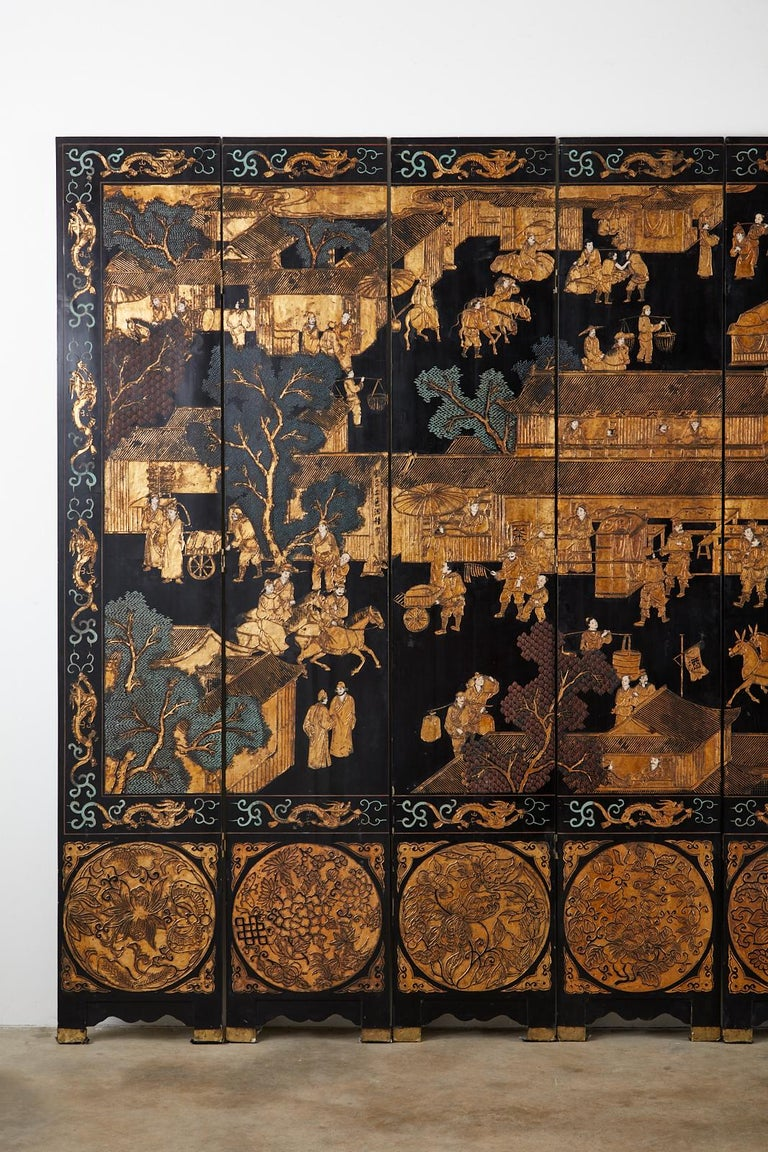 20th Century Chinese Export Eight-Panel Gilt Lacquered Coromandel Screen For Sale