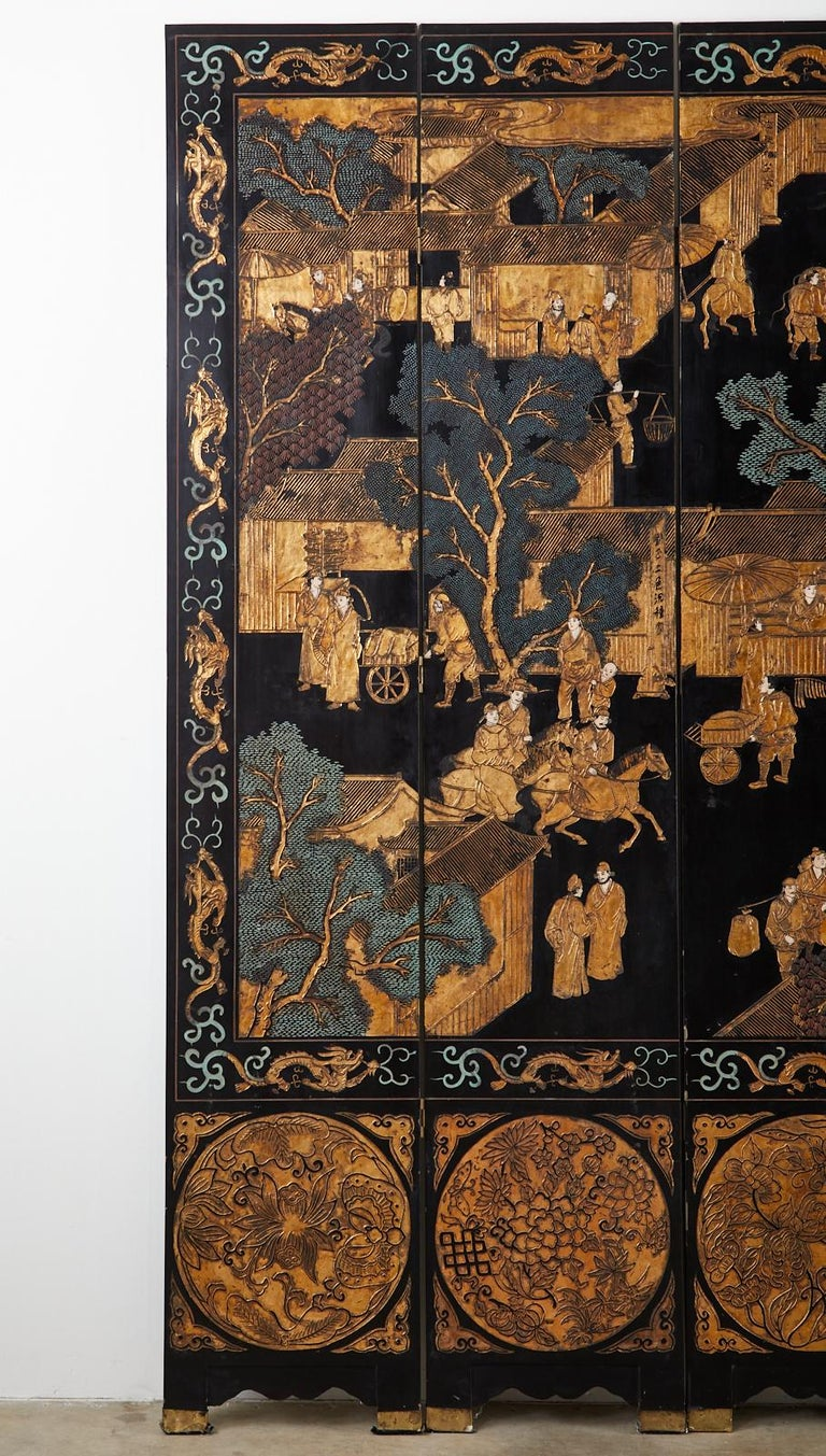 Chinese Export Eight-Panel Gilt Lacquered Coromandel Screen For Sale 4