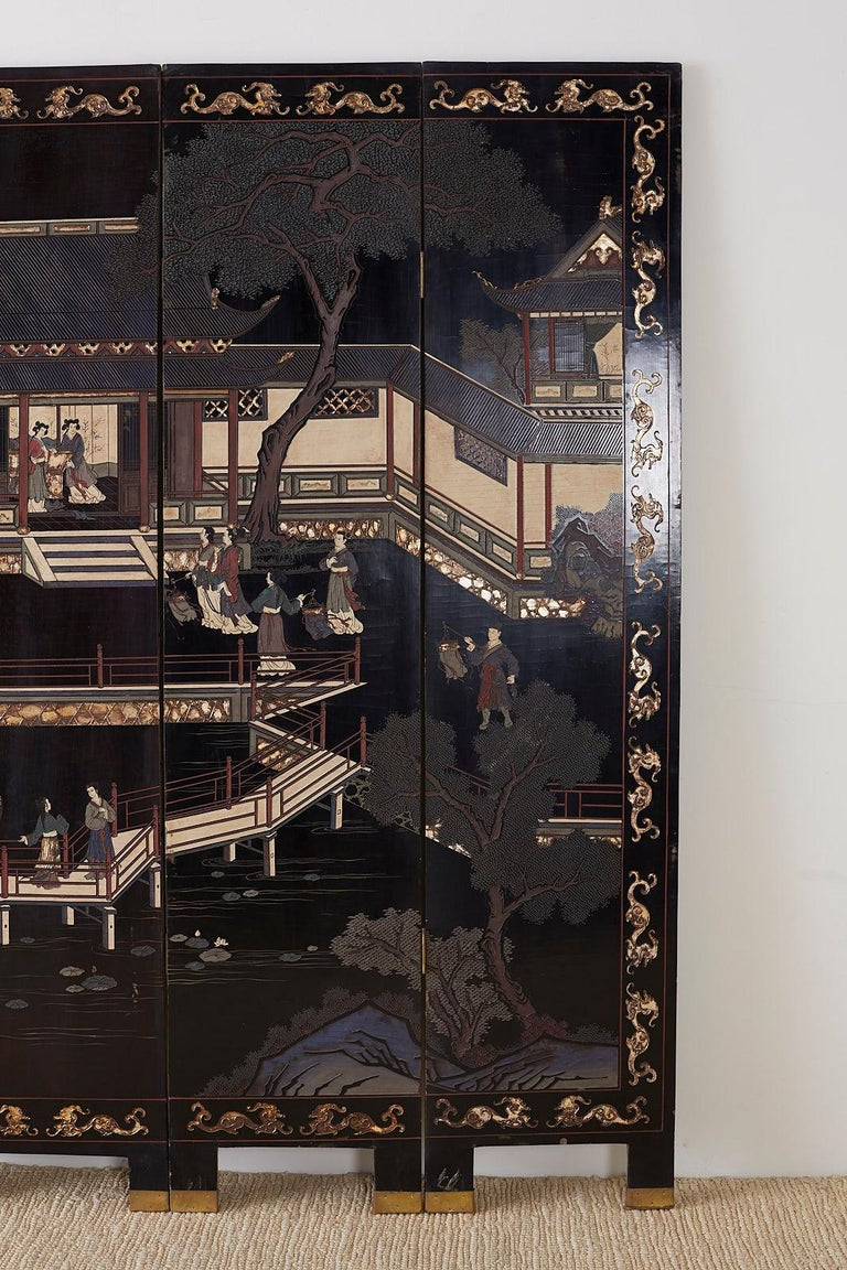 Chinese Export Four Panel Lacquer Coromandel Screen In Good Condition For Sale In Oakland, CA