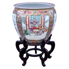 Chinese Export Mandarin Jardinière or Fish Bowl on Stand