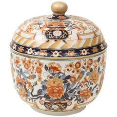 Chinese Export Porcelain Imari Covered Tureen