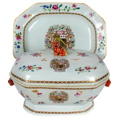 Chinese Export Porcelain Tureen with Platter Emblazoned, Qianlong, '1736-1795'