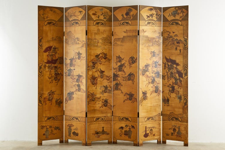 Chinese Export Six-Panel Gilt Lacquered Coromandel Screen In Good Condition For Sale In Rio Vista, CA