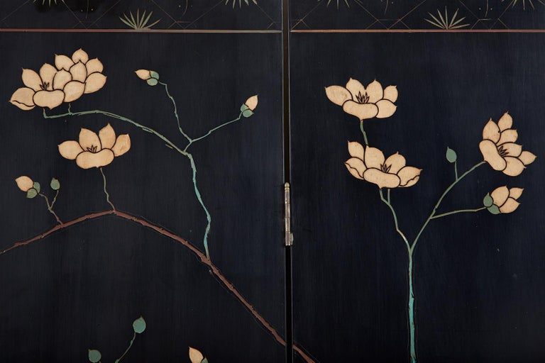 Chinese Export Six-Panel Lacquered Coromandel Screen 11