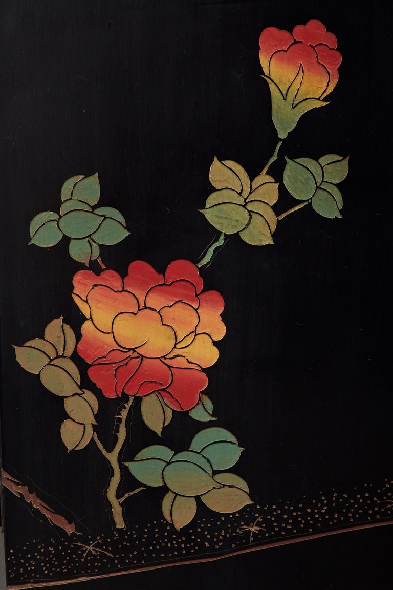 Chinese Export Six-Panel Lacquered Coromandel Screen 12