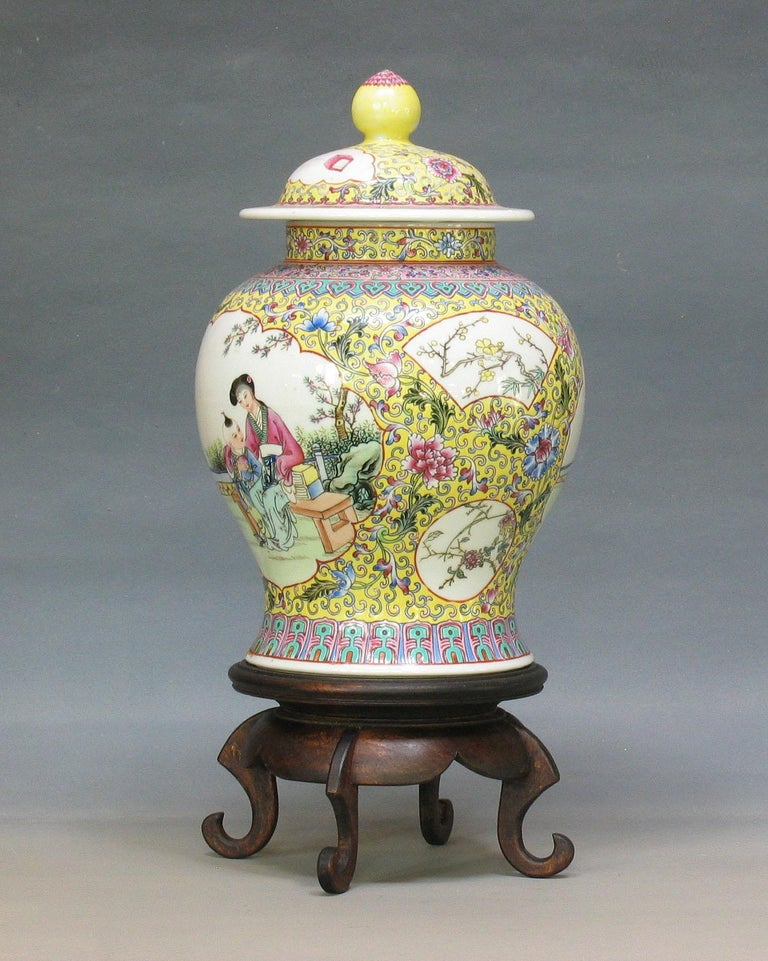 Chinese Famille Rose Baluster Jar and Cover on Stand For Sale 7
