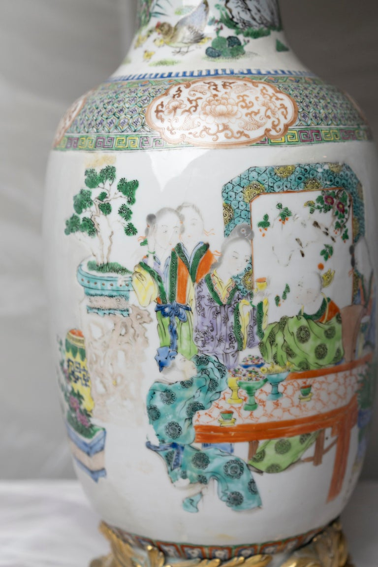 Porcelain Chinese Famille Verte Table Lamp For Sale