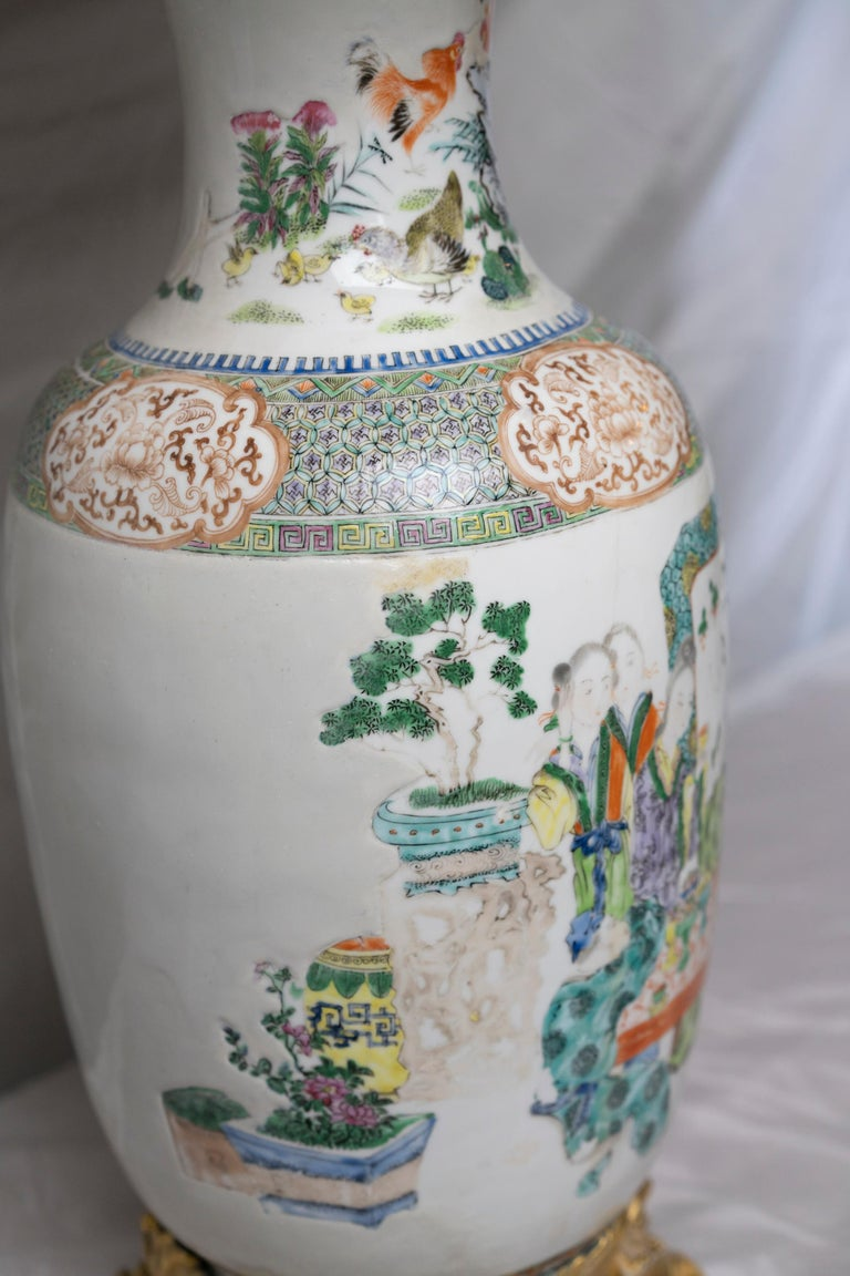 Chinese Famille Verte Table Lamp For Sale 1