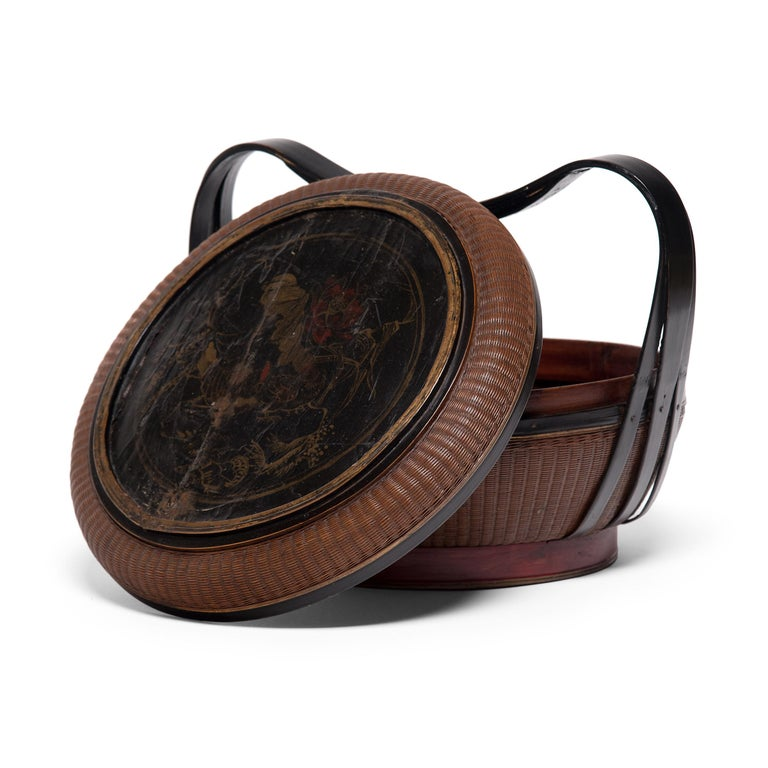 Bamboo Chinese Finely Woven Box with Handle, circa 1900 For Sale
