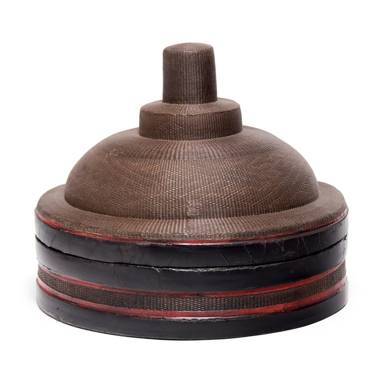 Qing Chinese Finely Woven Winter Hat Box, circa 1850 For Sale