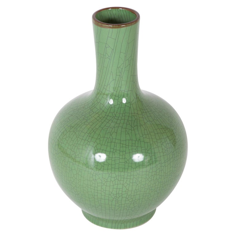 Chinese Green Glaze Large Scale Vase For Sale