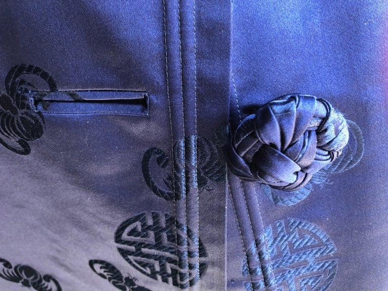 Hand-Crafted Chinese Handmade Silk Coat For Sale