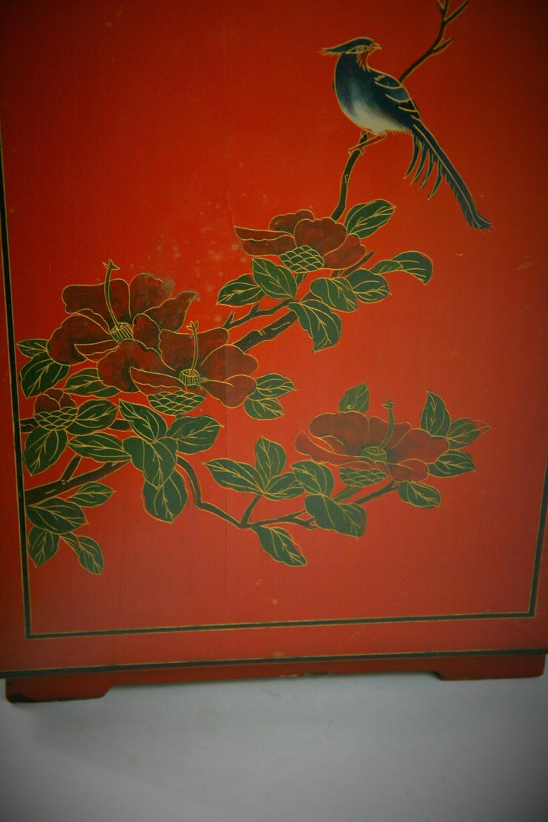 Chinese Hand Painted Cabinet/Side Table For Sale 5