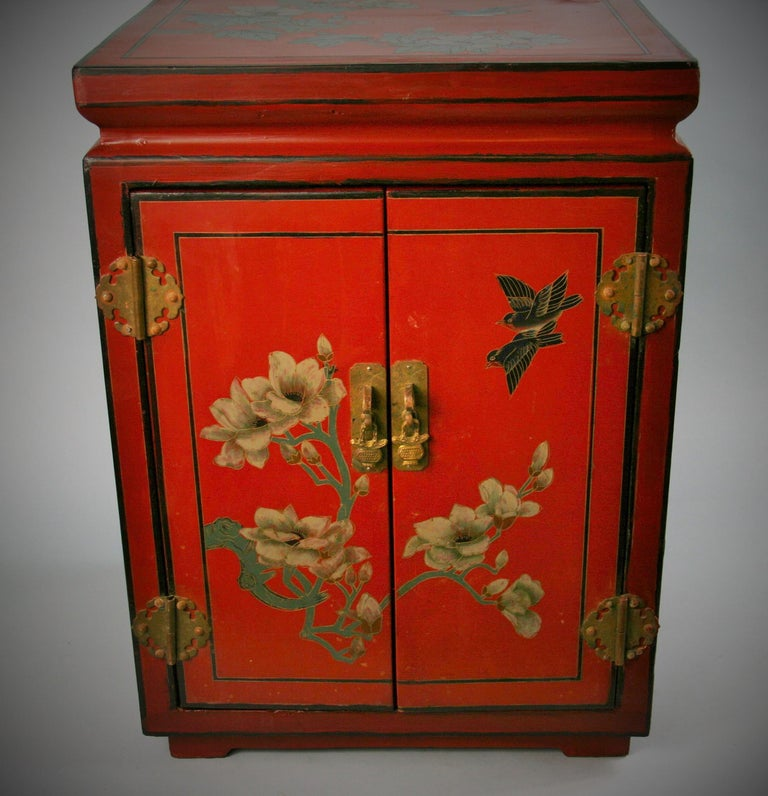 Mid-20th Century Chinese Hand Painted Cabinet/Side Table For Sale