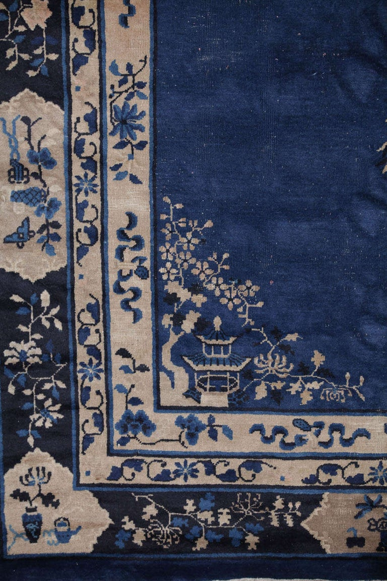 Chinese Indigo Blue Peking Rug, 1920 In Good Condition For Sale In Rome, IT