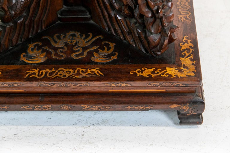Chinese Inlaid Center Table In Good Condition For Sale In Wilson, NC