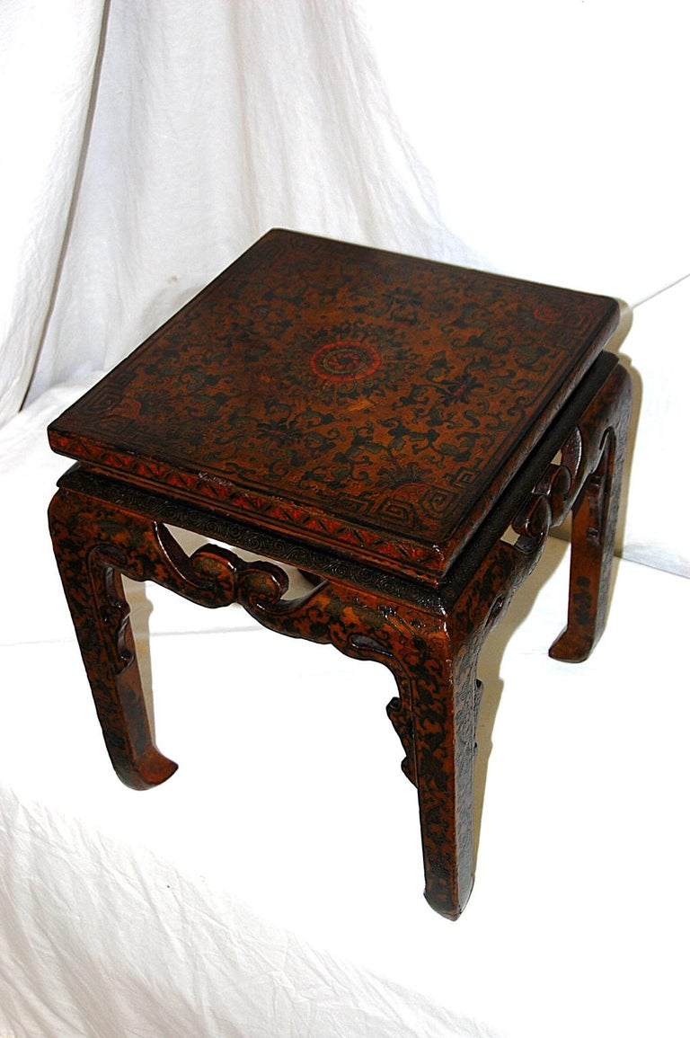 Qing Chinese Kuang Hsu Period Lacquered Hand Painted Square Waisted Stool For Sale
