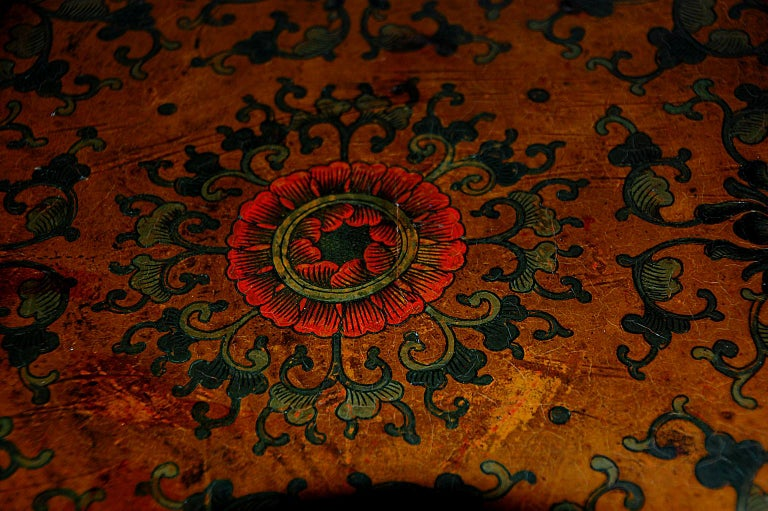 Hardwood Chinese Kuang Hsu Period Lacquered Hand Painted Square Waisted Stool For Sale