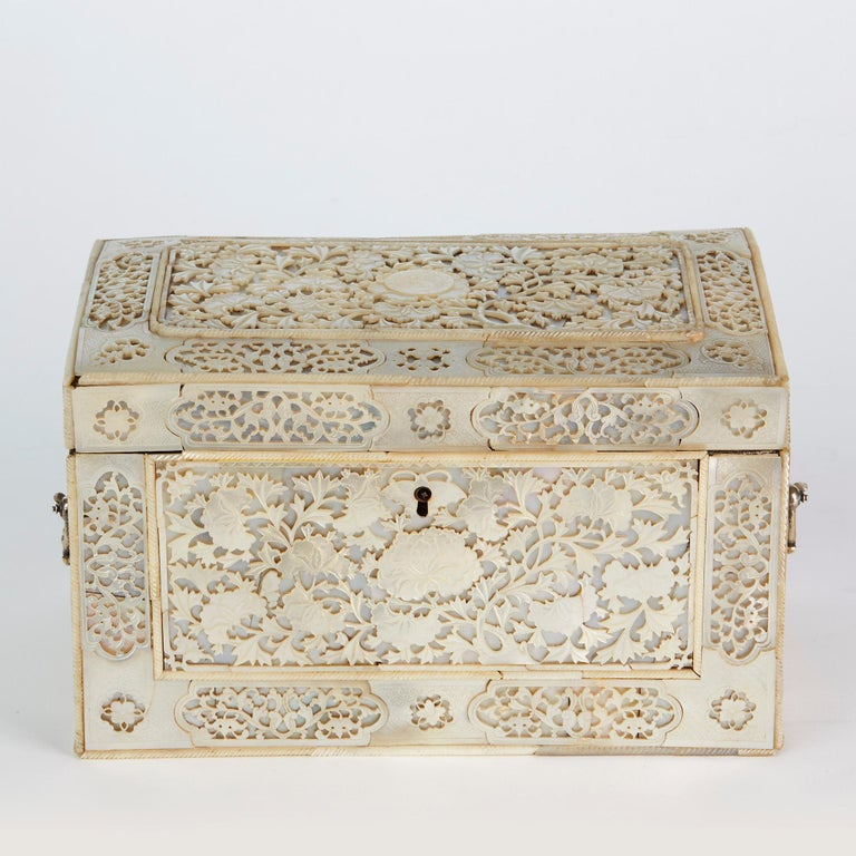 Chinese Large Mother of Pearl Mounted Armorial Tea Caddy for MacPherson For Sale 11