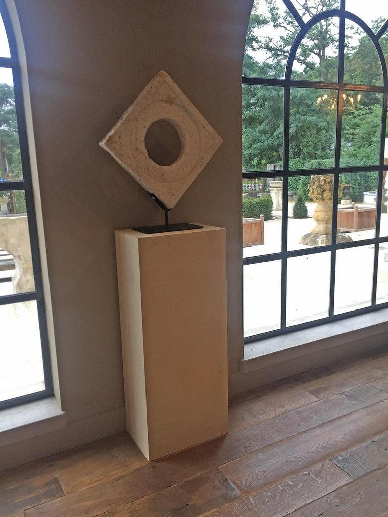 Chinese Marble Architectural Fragment Window In Good Condition For Sale In Vosselaar, BE