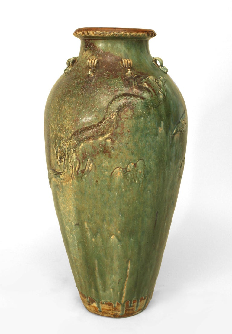 18th Century and Earlier Chinese Ming Dynasty Green Glazed Martavan Vase For Sale