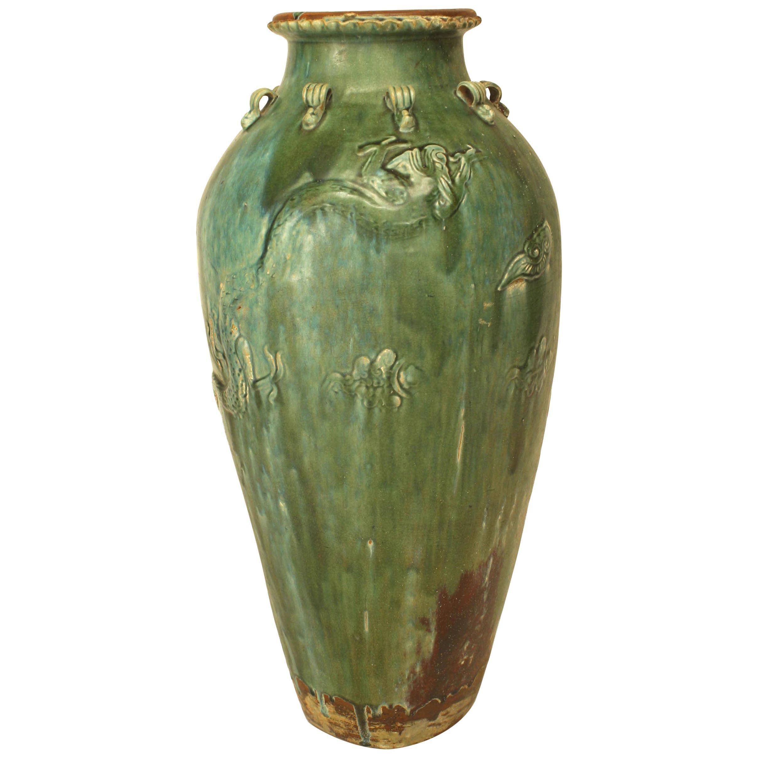 Chinese Ming Dynasty Green Glazed Martavan Vase