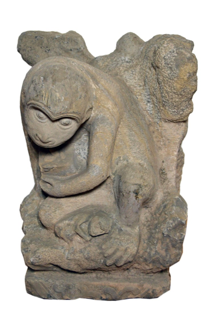 Chinese Ming Dynasty Hand-Carved Stone Monkey Sculpture with Infant Monkey For Sale 1