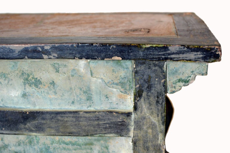 Chinese Ming Dynasty Petite Glazed Terracotta Bench from the 17th Century In Good Condition For Sale In Yonkers, NY