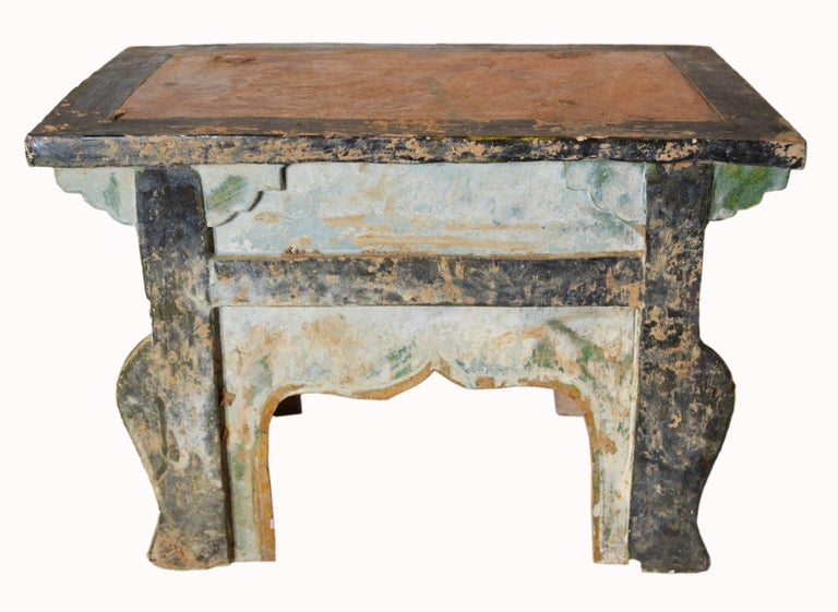 Chinese Ming Dynasty Petite Glazed Terracotta Bench from the 17th Century For Sale 2