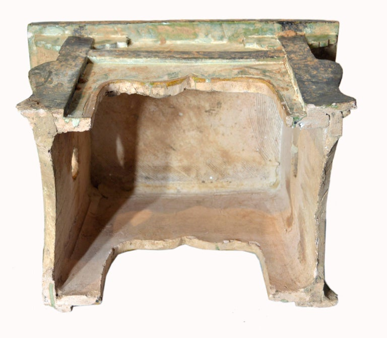 Chinese Ming Dynasty Petite Glazed Terracotta Bench from the 17th Century For Sale 4