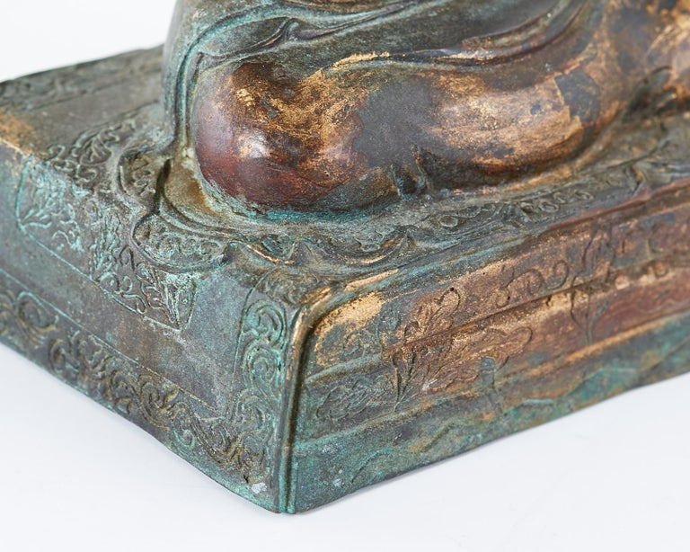 Chinese Ming Style Bronze Metal Seated Buddha For Sale 13