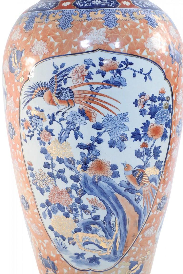 Chinese Monumental Imari-Style Lidded Light Orange Porcelain Urn For Sale 1