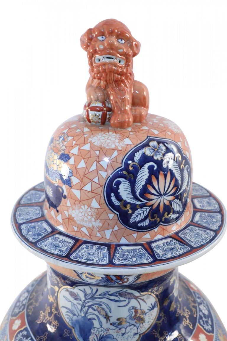 Chinese Monumental Imari-Style Lidded Light Orange Porcelain Urn For Sale 2