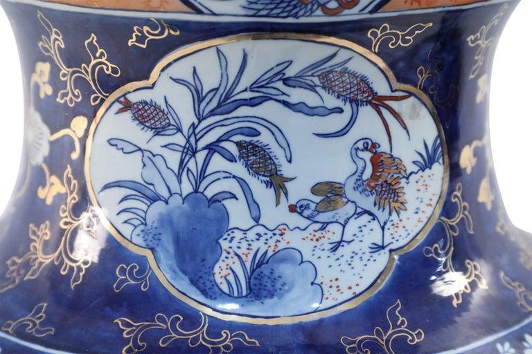 Chinese Monumental Imari-Style Lidded Light Orange Porcelain Urn For Sale 4