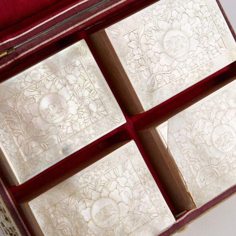 Chinese Mother of Pearl Mounted Box with Four Boxes and Counters, 18th Century For Sale 1