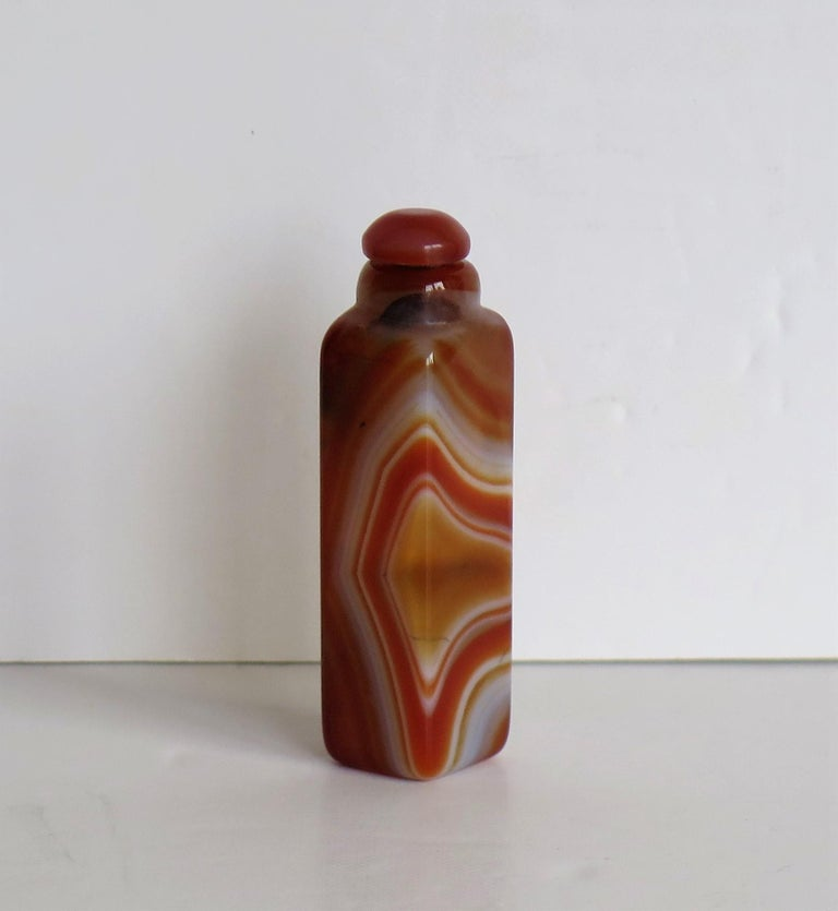 Chinese Export Chinese Natural Agate Stone Snuff Bottle Beautiful Striking Colors, circa 1930 For Sale