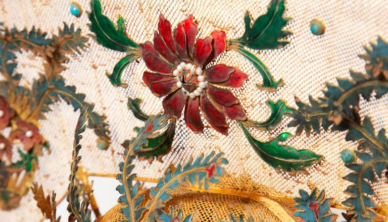 Chinese Opera Theatre Headdress, Rose Fan In Excellent Condition For Sale In New York, NY
