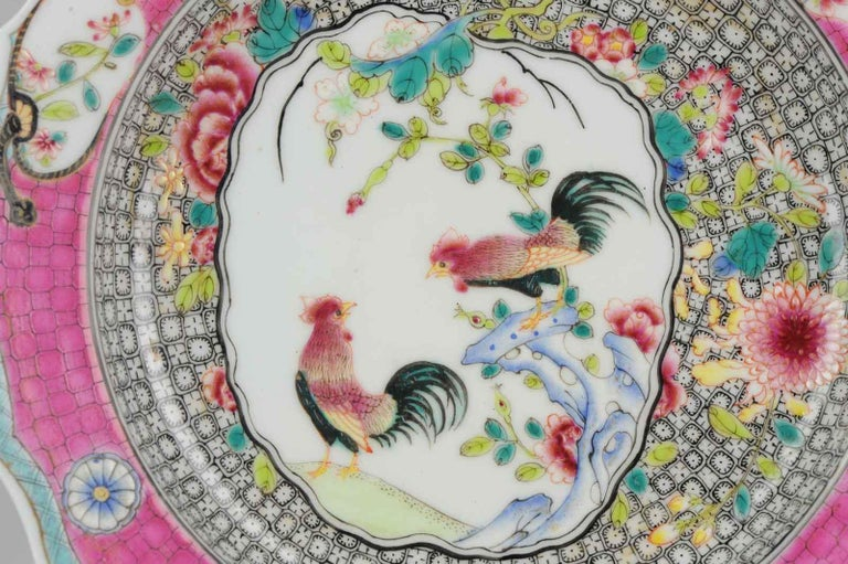 Chinese Porcelain 20th-21st Century Chicken Rooster Dinner Plate Hand Painted For Sale 6