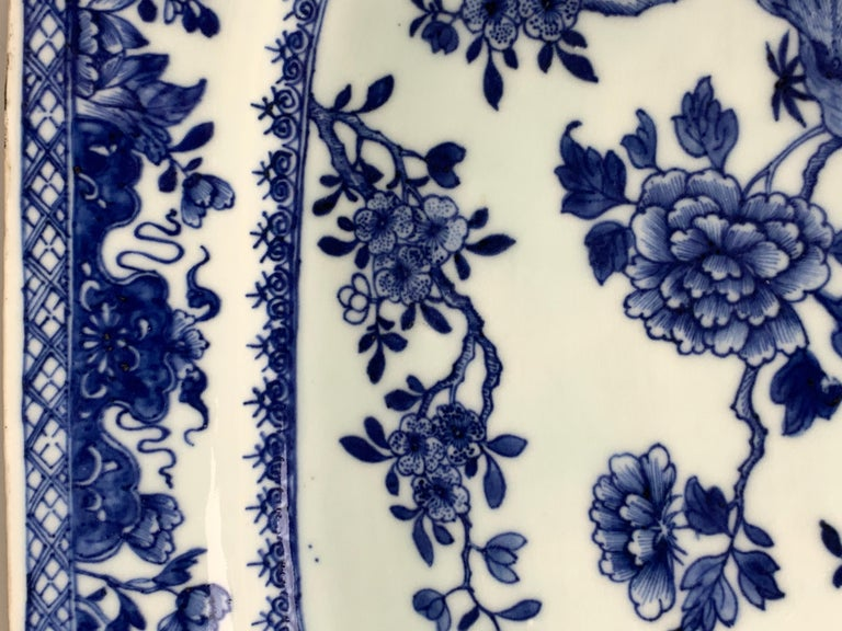 Chinese Porcelain Blue and White Platter Hand-Painted, 18th Century, Circa 1770 For Sale 1